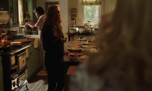 Sharp Objects s01e06 - Sharp Objects 01x06 (2018) 720p CZtit.mkv