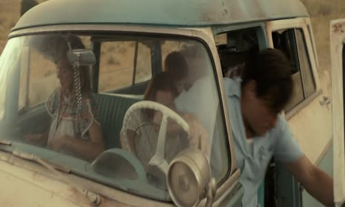 Skleneny.zamek-The.Glass.Castle.2017.720p.BluRay.CZ.mkv