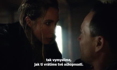 The Flash S05E17 CZtit V OBRAZE.avi