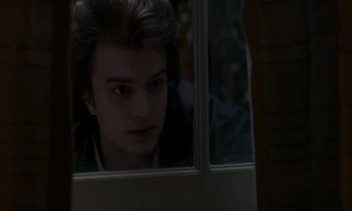 Stranger Things-S01E06-Kapitola šestá - Příšera-CZ-dabing.avi