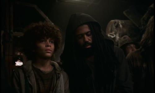 Snowpiercer S01E01 (2020) CZtit V OBRAZE..avi