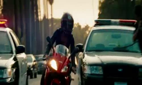 Transformers 2 Pomsta poražených (2009) cz dabing cz avi.avi